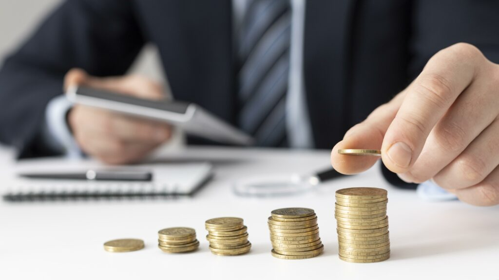 Symbolbild für Finanzen im Blick - Münzen